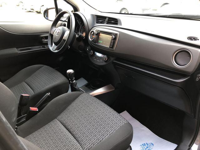 Toyota Toyota Yaris III 90 D-4D Lounge 5p