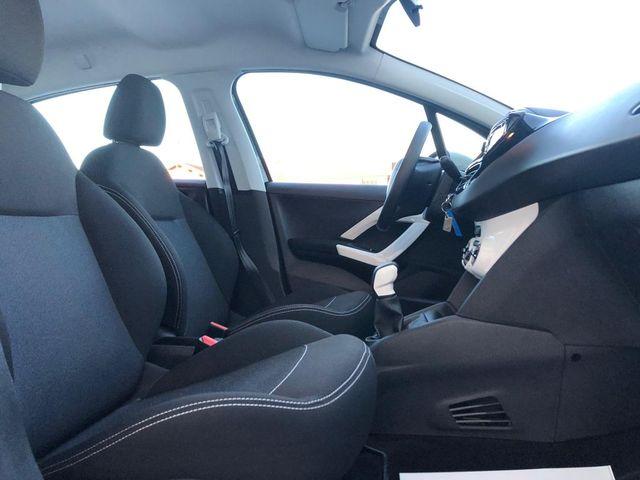 Peugeot Peugeot 208  1.2 PureTech 68ch Like 5p