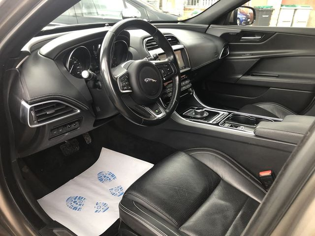 Jaguar Jaguar Xe  2.0D 180ch R-Sport AWD BVA8